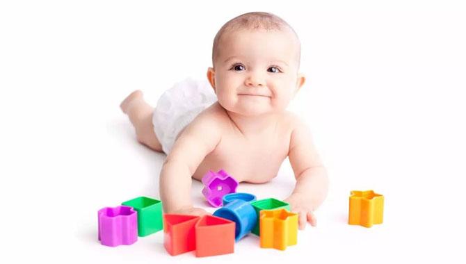 如何帮助婴儿翻身,宝妈必看!